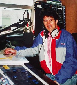 Here's two recordings of Dublin's Energy 103 from May 6th 1986, taken off 738kHz. First, we hear from John O'Hara on Breakfast from 7.20am. Then, from the evening time, we hear the last twenty minutes of Tony McKenzie's programme.