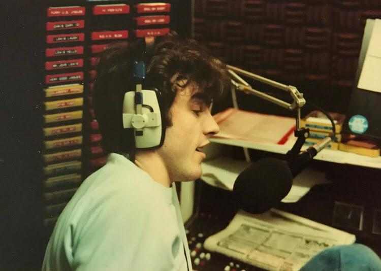 From October 28th 1982 this is a recording of Tony Gareth on Radio Nova from 5.50pm.
