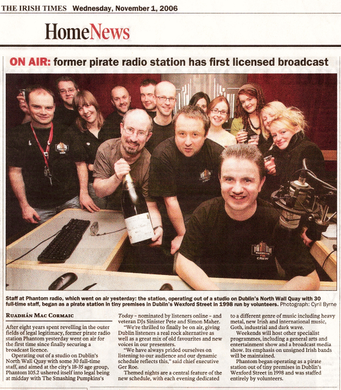 Day two for the licensed version of Phantom  FM. This is every minute of live programming from their second day on air on 105.2MHz in Dublin. The day starts with Sinister Pete serving Breakfast from 7am.
