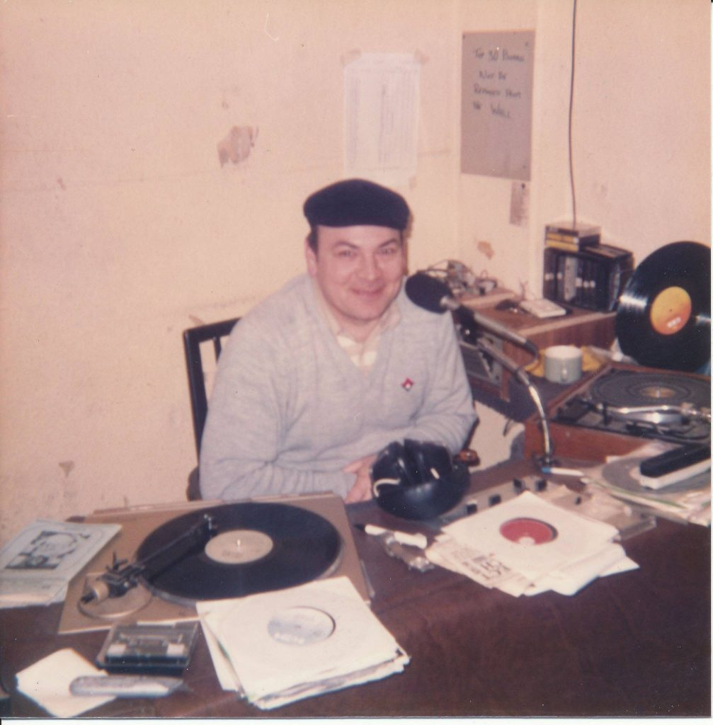 This is Brian Matthews (pictured) on the north Co. Dublin pirate Pulsar 98, which was also identifying as sister station Community Radio Fingal.  This afternoon recording was made off 98.8MHz FM on February 22nd 1987.