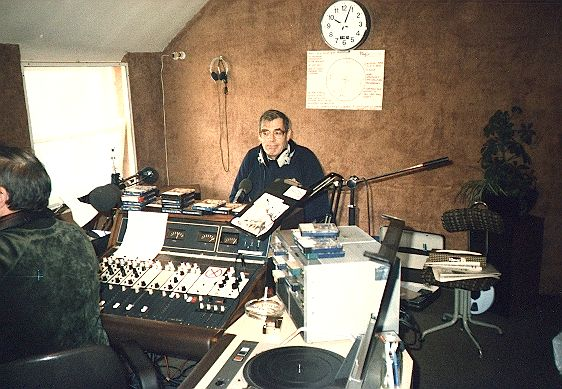 This is the very first programme that aired on Magic 103, the 'News & Information Station' for Dublin which was a Radio Nova sister station based in Upper Leeson Street. Following a few days of looped announcements on 103.5MHz, the station went live on April 28th 1985 with Bob Gallico's Classical Collection, following the networked news with Nova at 6pm read by Dave Johnson.